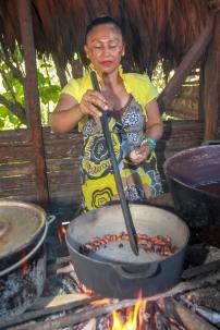 Kakaobohnen werden geröstet