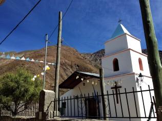 Kirche im 3000m hoch gelegenen Dörfchen San Isidro